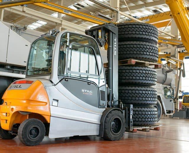 heavy-still-forklift-truck-7