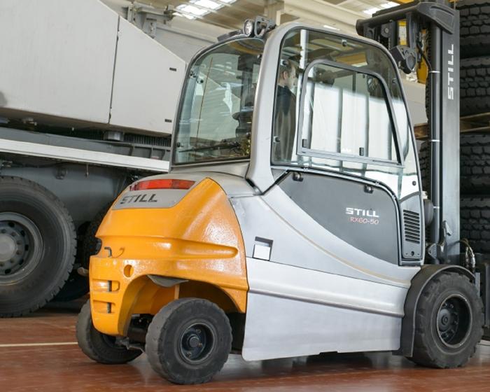 electric-forklift-trucks-12