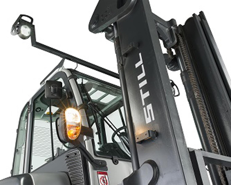 electric-forklift-trucks-13